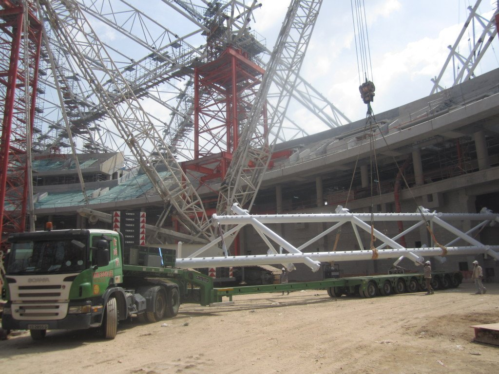 001b Transport 80ft long steel structure to Sports Hub