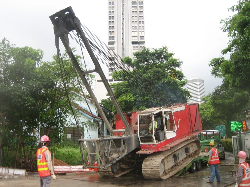 5b Transport HS 872 LIEBHERR CRANE for MRTC903 BUGIS STATION PROJECT